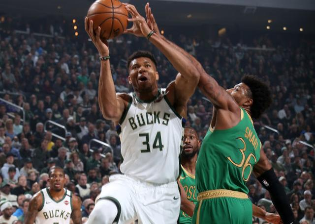 Milwaukee Bucks 128-123 Boston Celtics